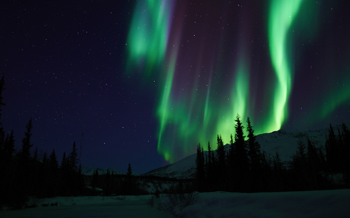northern light photo gallery aurora borealis in alaska and california. Black Bedroom Furniture Sets. Home Design Ideas